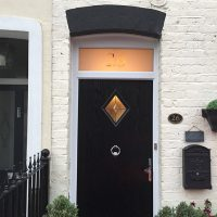 Door without a canopy